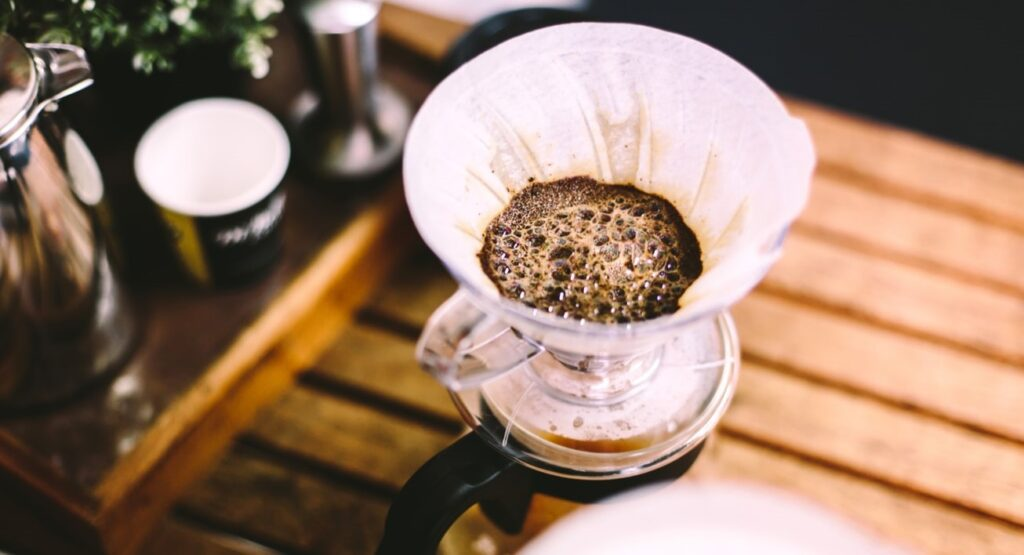 Learn How to Choose the Best Filter Substitute for Your Coffee Machine